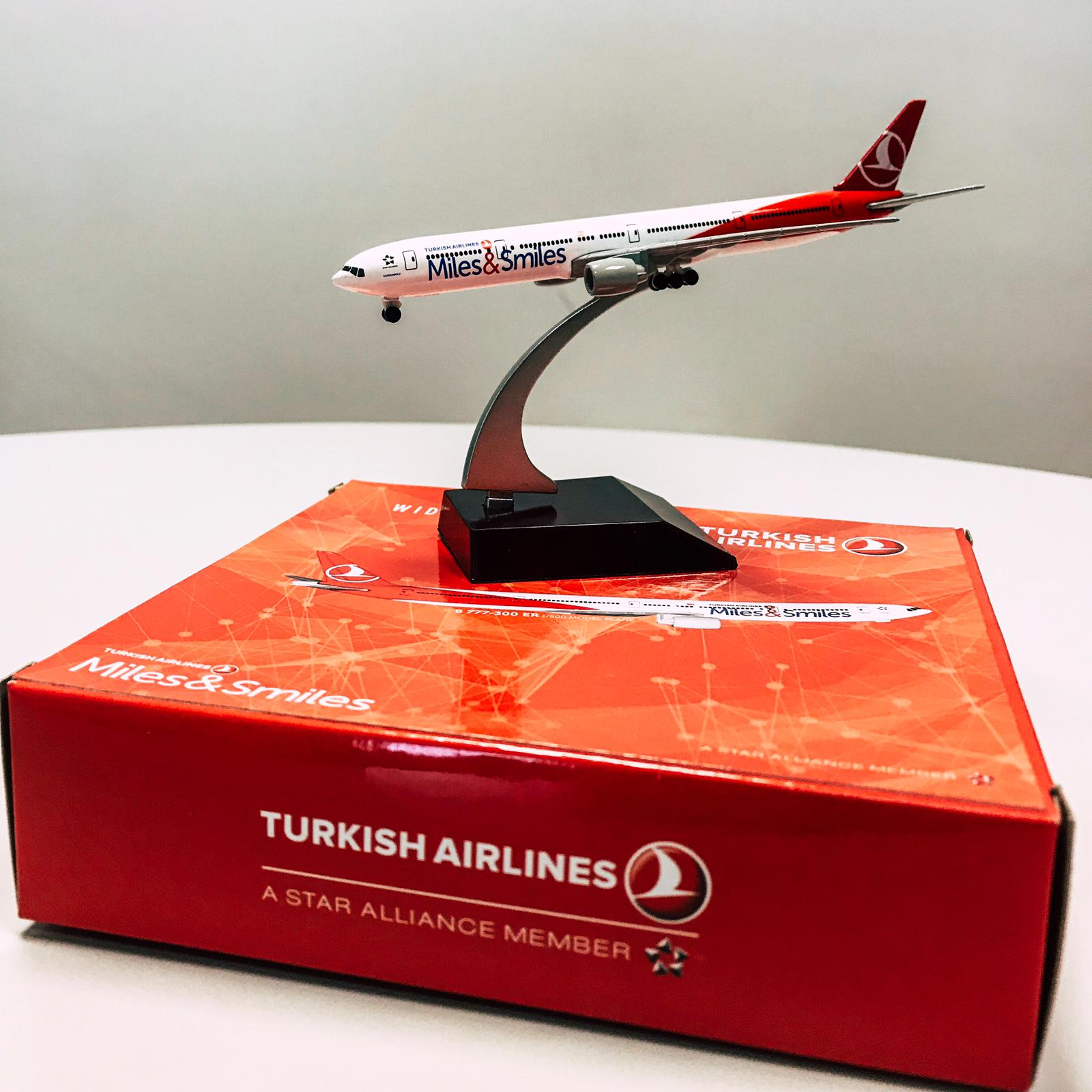 Maquete Avião Turkish Airlines